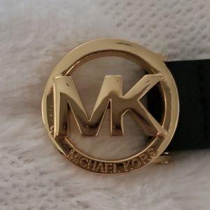 Worn Twice! Michael Kors Black Leather Belt